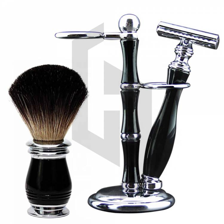 Professional Black And Wooden Coloring Shaving Set
